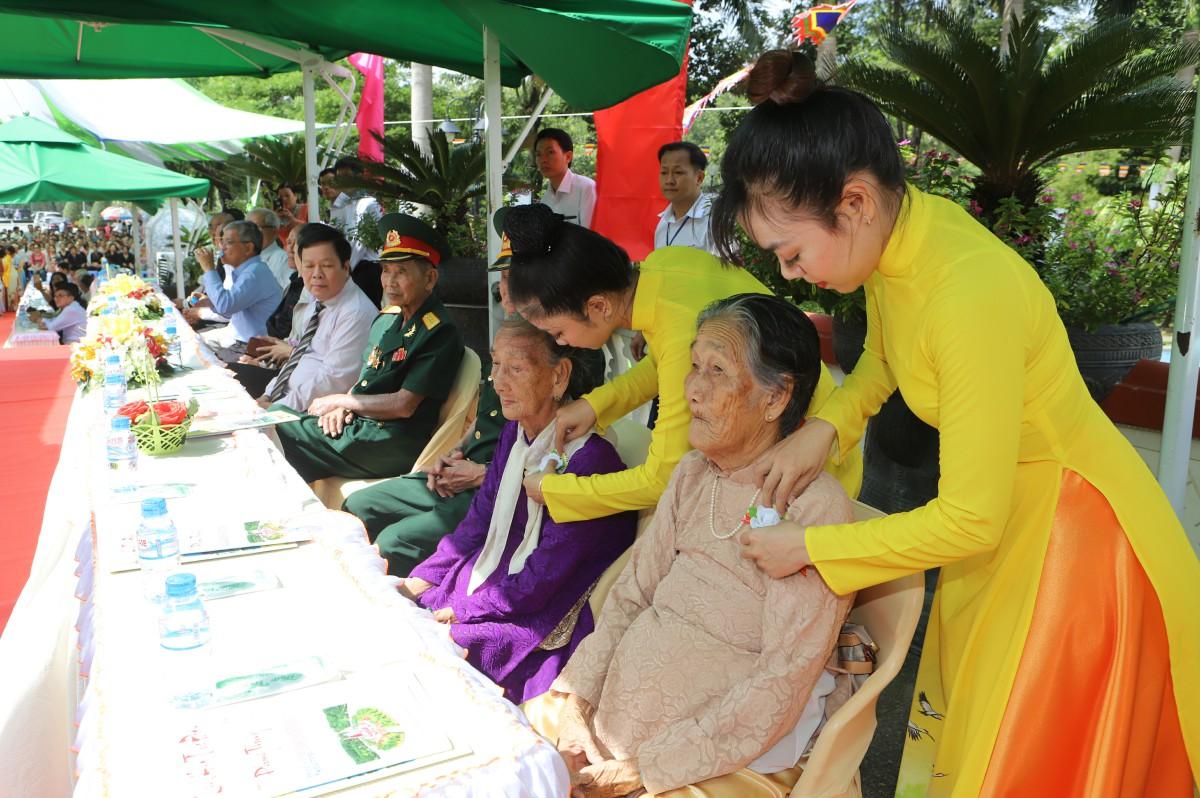 Gần 2500 người dự đại lễ Vu lan báo hiếu Kỷ Hợi 2019