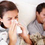 Những dấu hiệu phân biệt mắc COVID-19 và cảm cúm