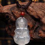Trang sức hình Phật: Nên đeo hay không, suy ngẫm thế nào mới đúng?