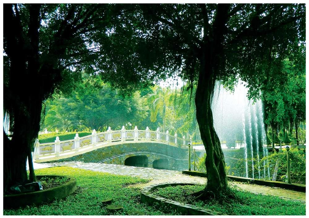 Cầu thủy long - Hoa viên Nghĩa trang Bình Dương